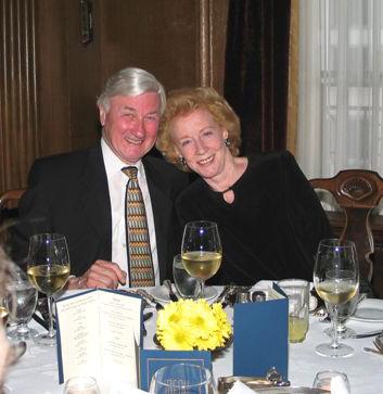2004 Dinner 32